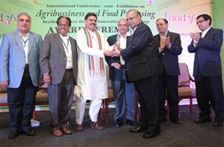 Sami Labs wins National Award for R&D. (Food 360 Awards)